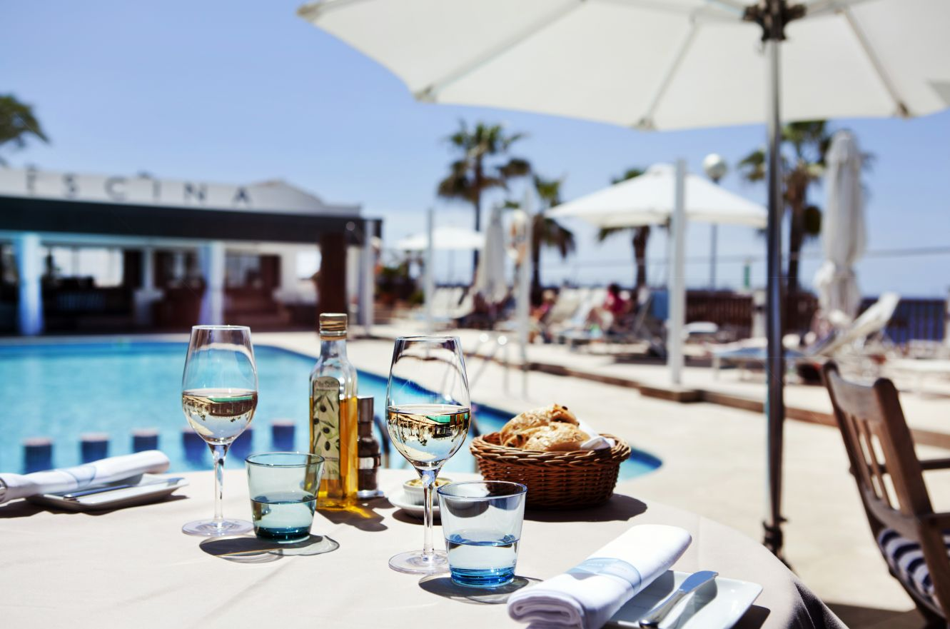 Schick magazin schick im designhotel portixol von palma for Mallorca design hotels